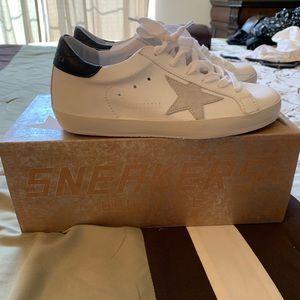 Golden Goose Deluxe Brand superstar sneakers 35